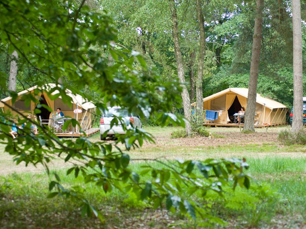 Camping Huttopia Lac de Sillé - Sillé le Guillaume