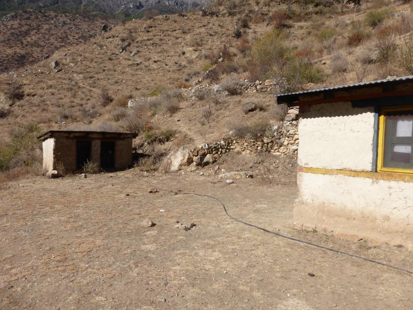 Schwer vorzustellen aber hier entsteht das neue Geburtshaus in Kermi