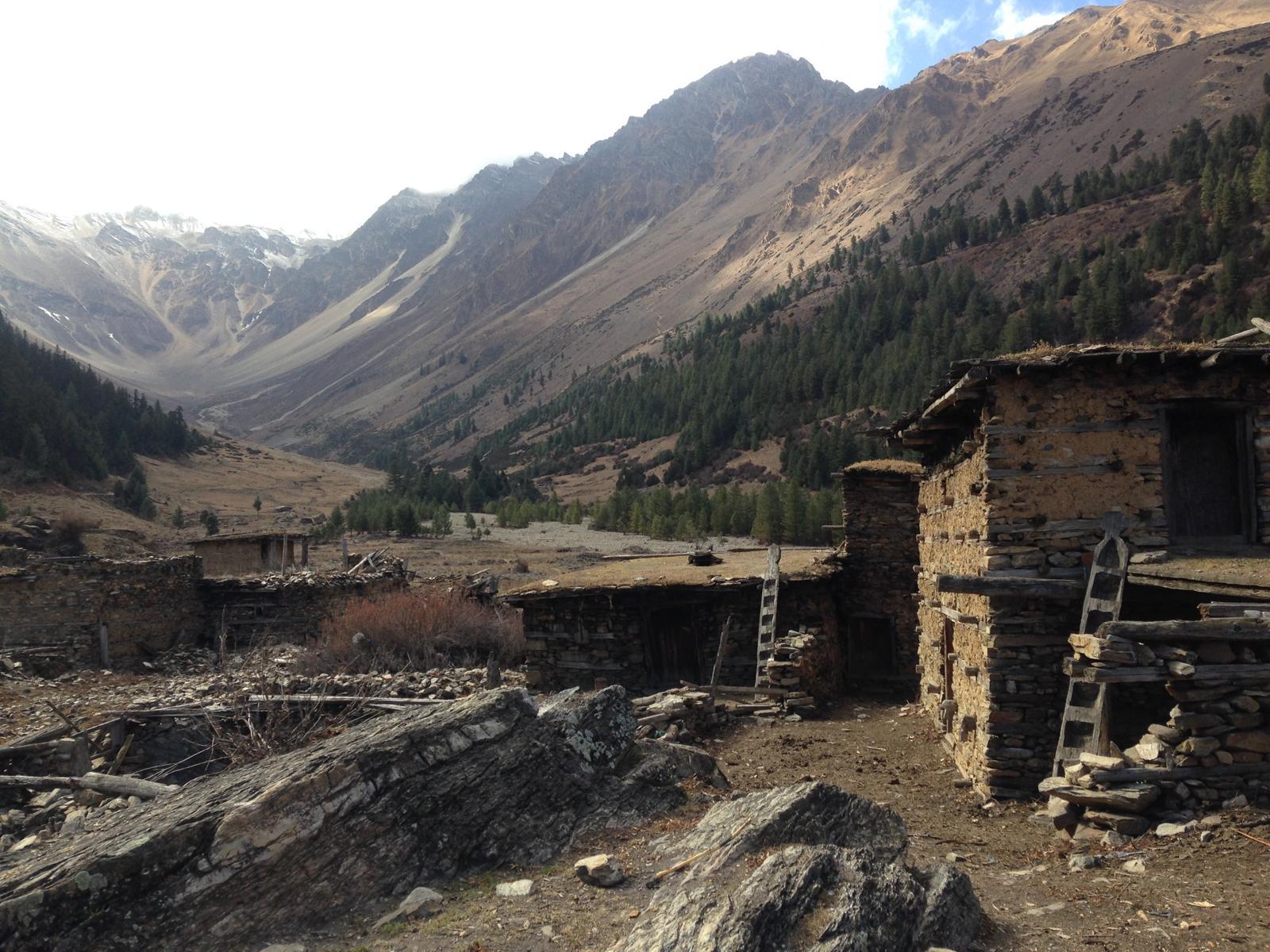 Ein Dorf, dass nur im Sommer bewohnt wird.