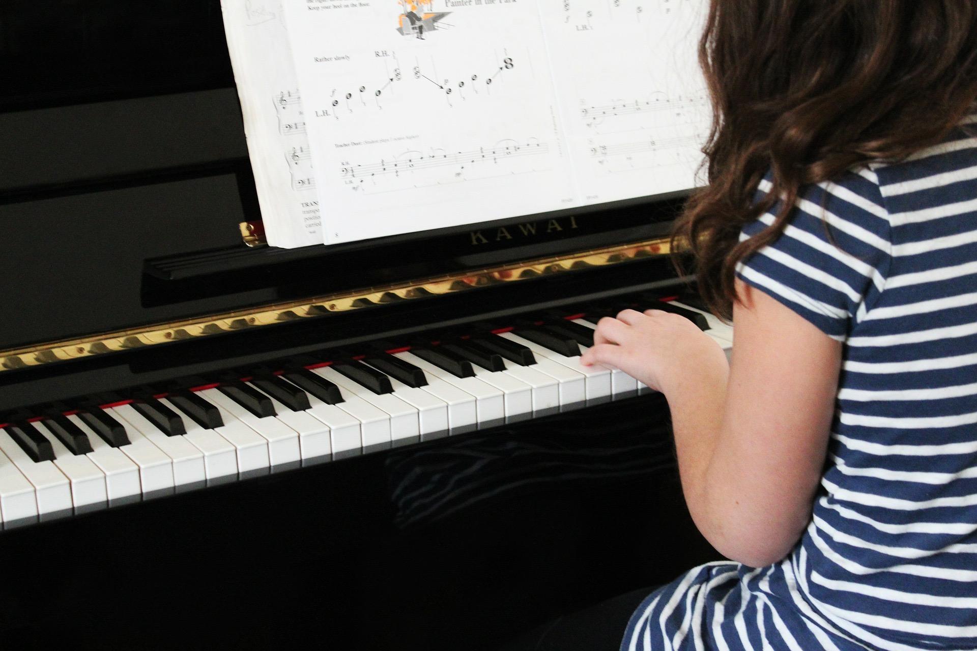 Cours de piano en français à Vienne