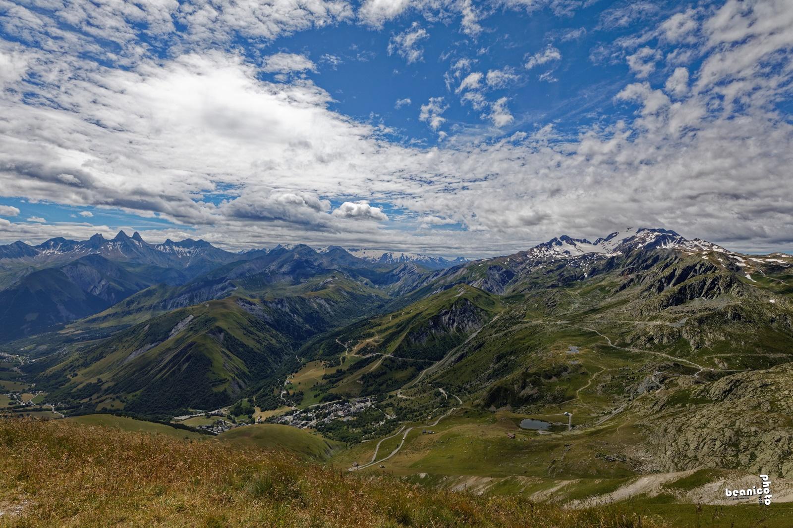 La vallée d'Arves et le pic de l'Etendard