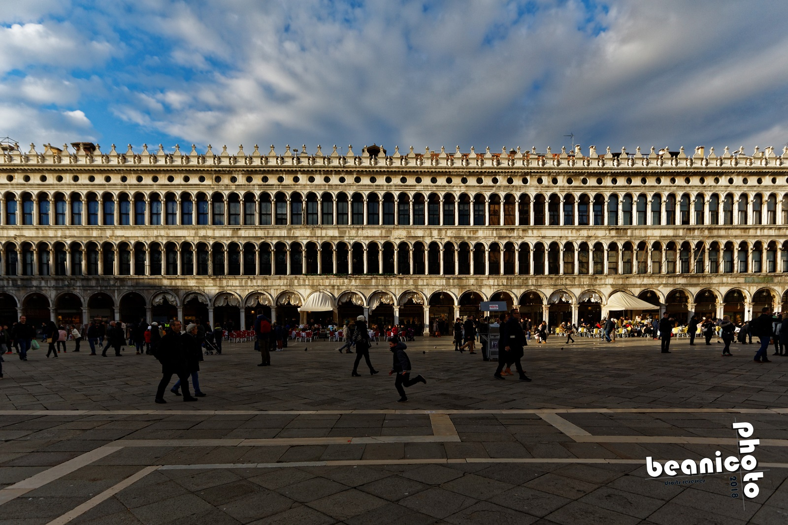 www.beanico-photo.fr - Canon 5DIII - Sigma Ex 20mm - f/4.0 1/1000 ISO400 - Venise - Place Saint Marc