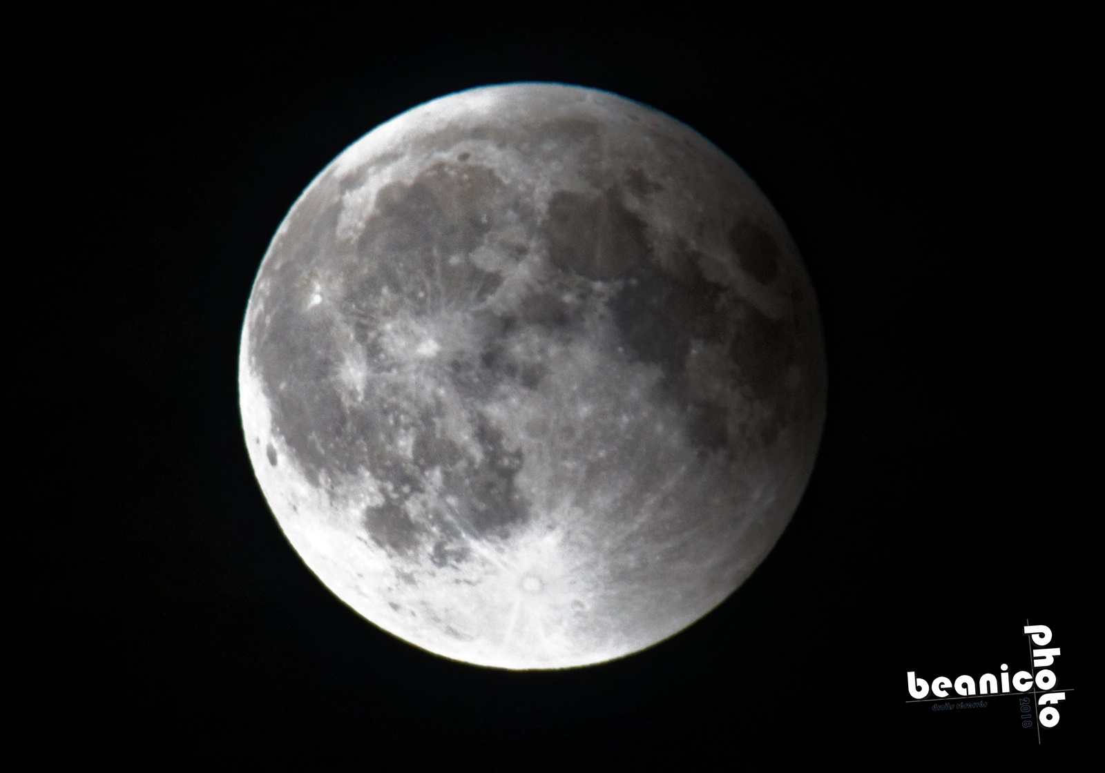 Eclipse de Lune - 27 juillet 2018 - 27/07/18 - www.beanico-photo.fr