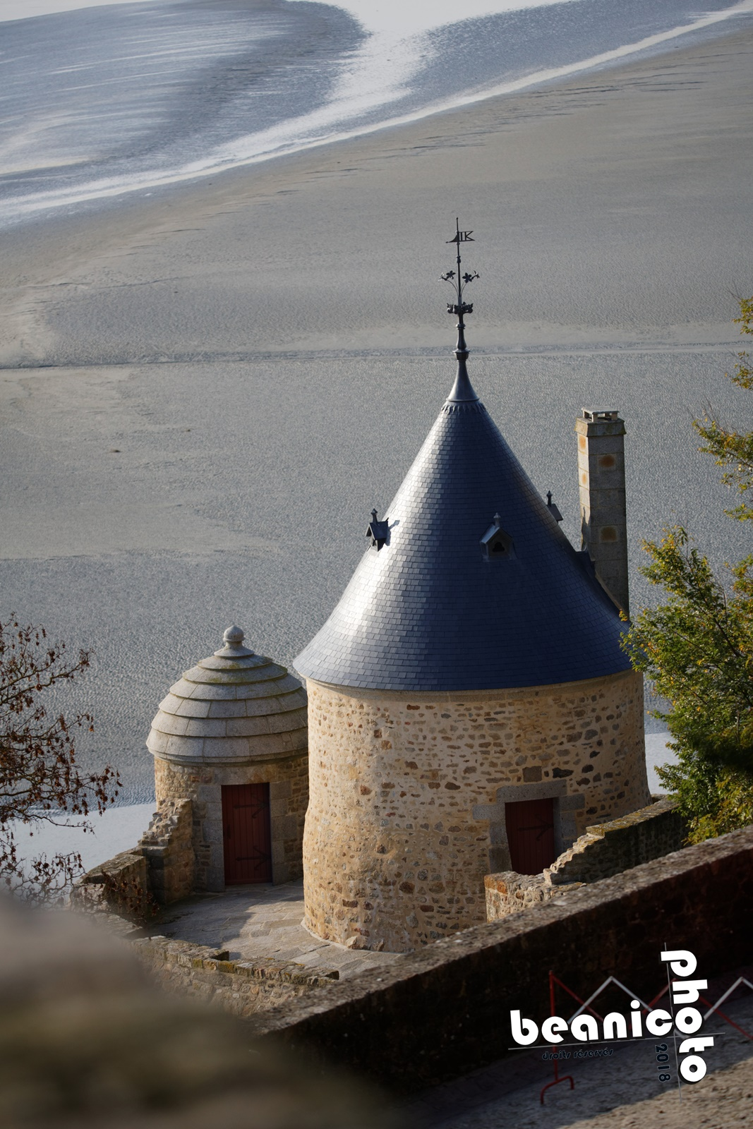 Canon 5DIII + Tamron 150-600 G2 - 180mm f/5.0 1/2000 ISO400 - Mont Saint Michel - beanico-photo