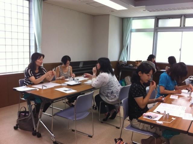 アロマコラージュ療法体験講座 (2011年7月5日パルシステム東京主催)