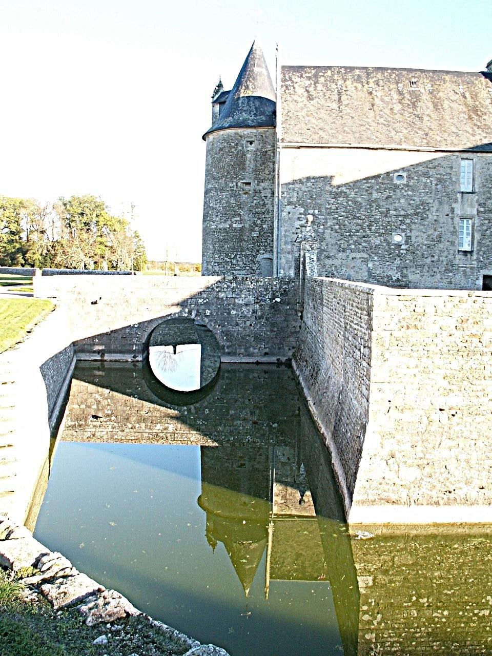 13/39 - Château de Saveilles © photo - propriétaire
