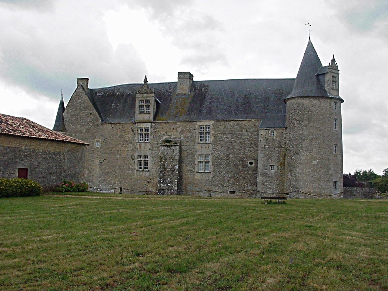 26/39 - Château de Saveilles © photo - propriétaire