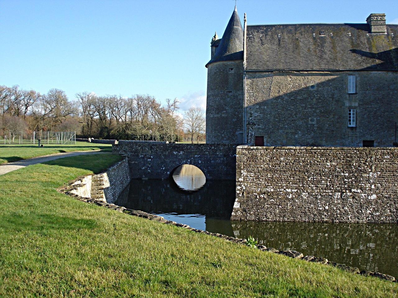 18/39 - Château de Saveilles © photo - propriétaire