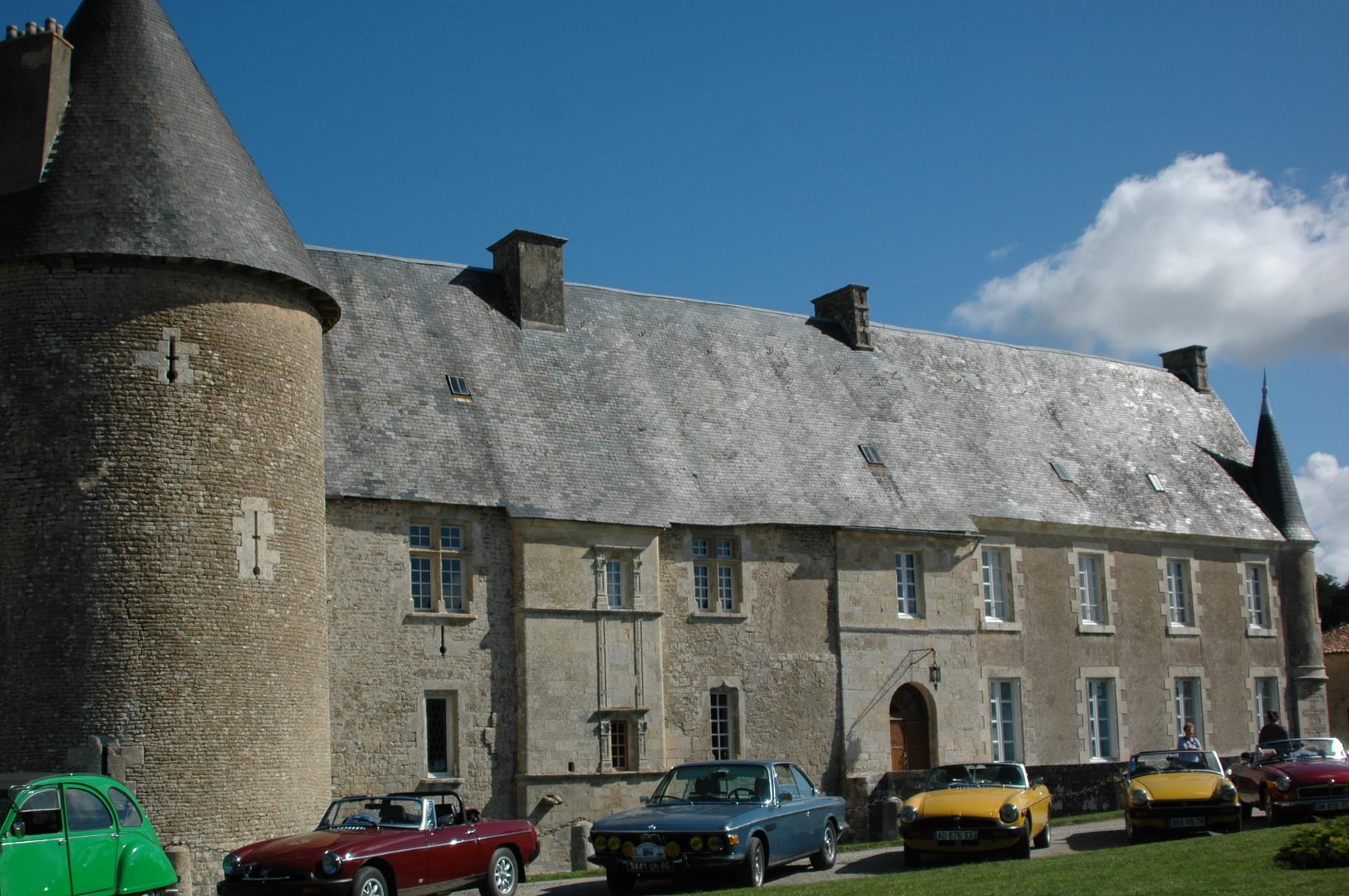 1/8 - Randonnée Automobile - Château de Saveilles ©photo-propriétaire