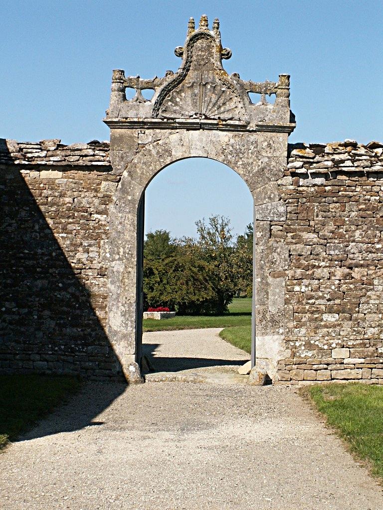 38/39 - Château de Saveilles © photo - propriétaire
