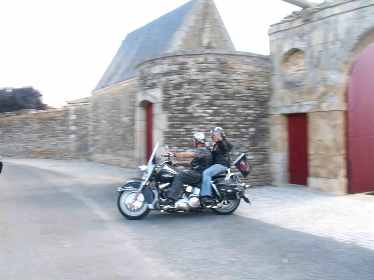 18/18 - Rallye Motos Harley-Davidson - Château de Saveilles ©photo-propriétaire