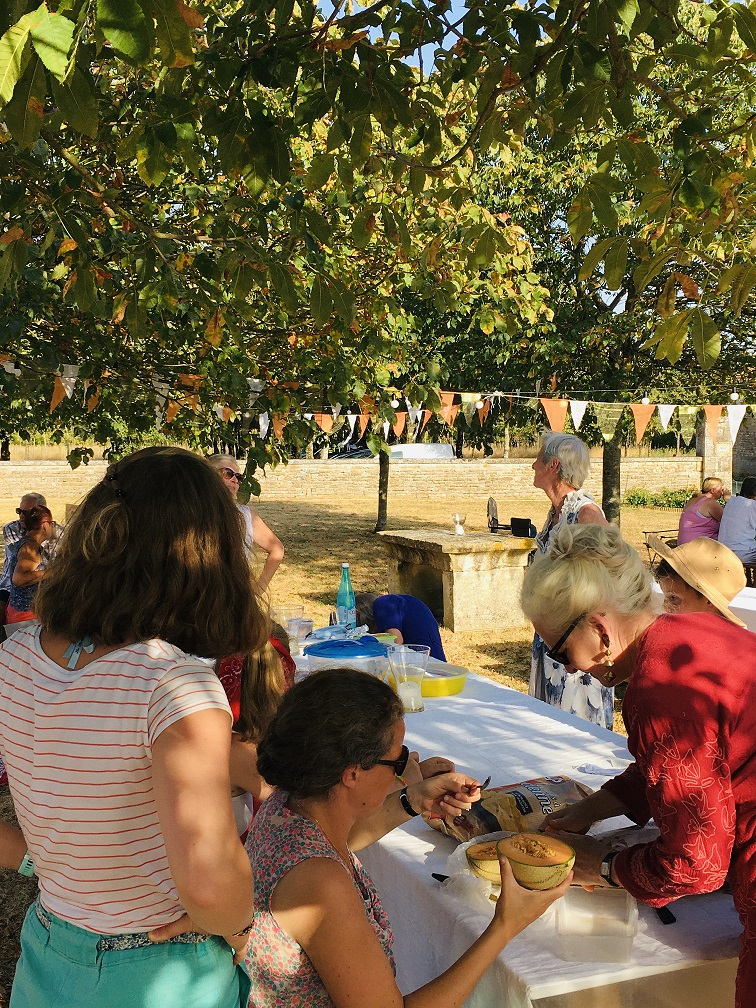 Picnic under the chestnut trees
