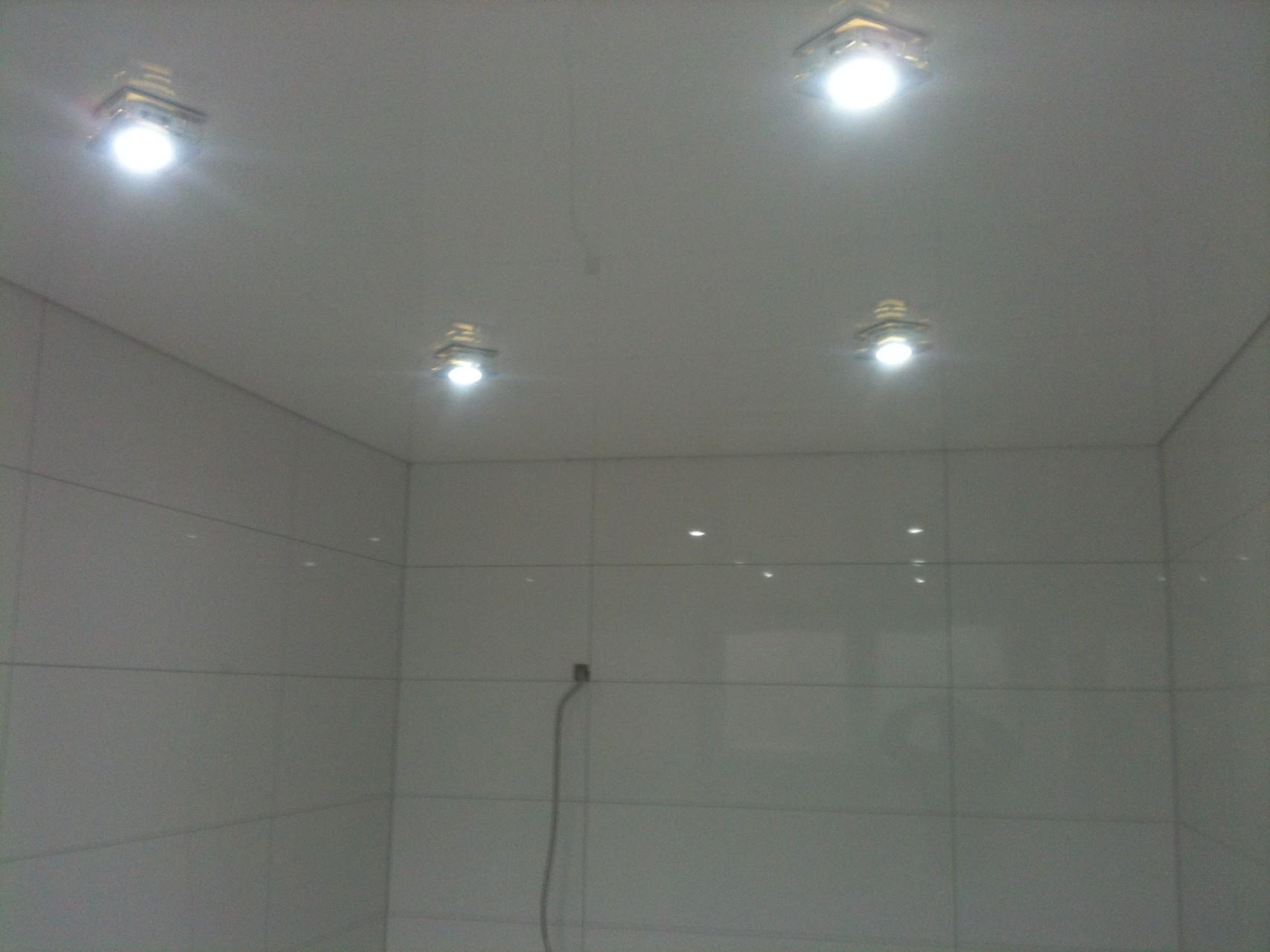 Spanndecke weiß Duschbad Iserlohn