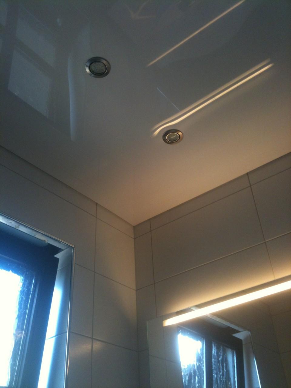 Spanndecke weiß Duschbad Kamen