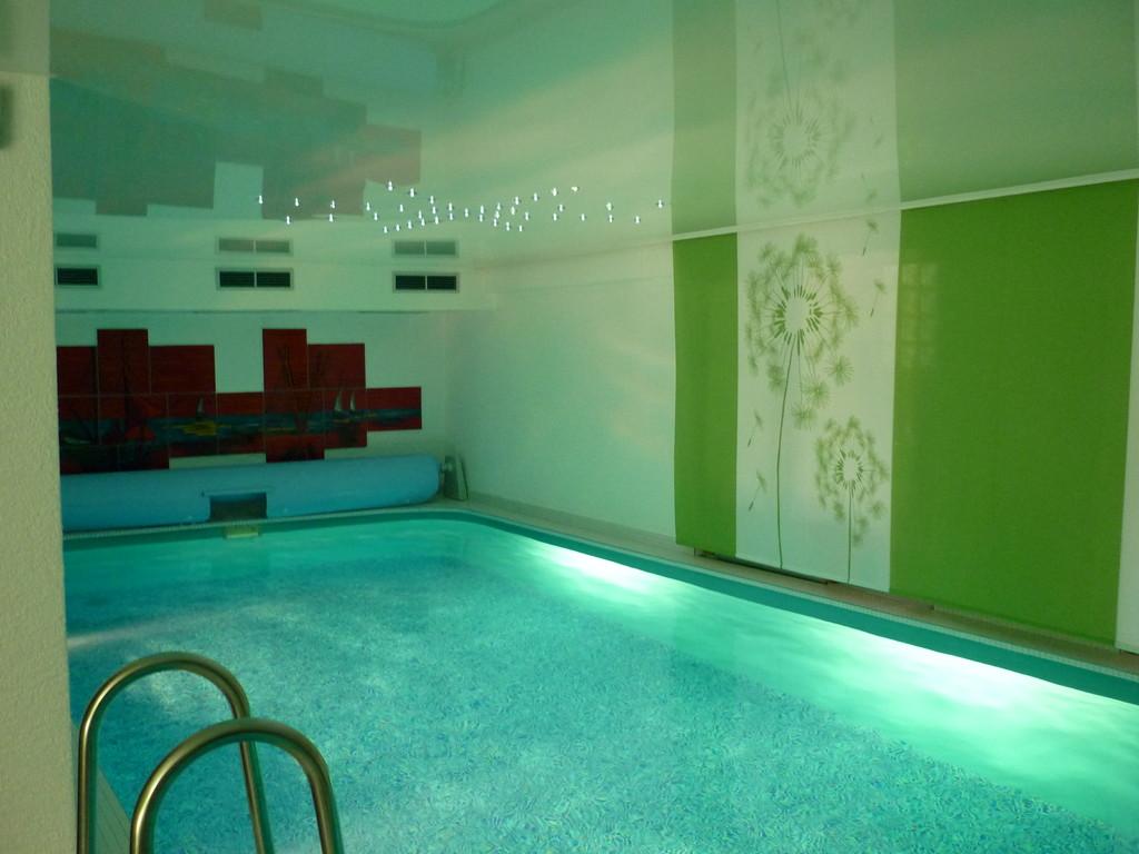 Spanndecke Weiß glänzend Pool mit Sternenhimmel Dortmund