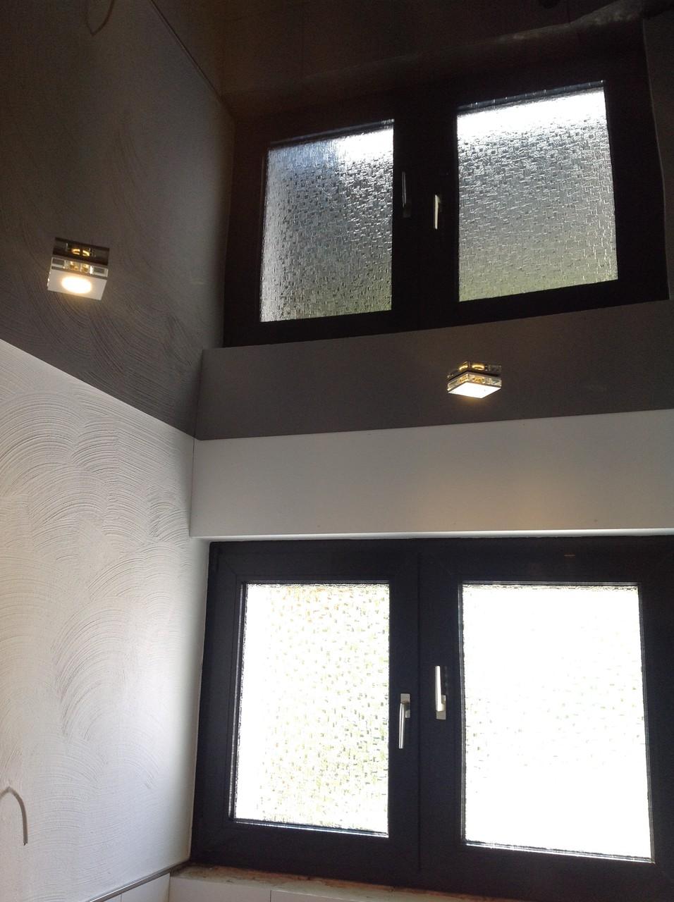 Spanndecke schwarz glänzend Badezimmer Iserlohn