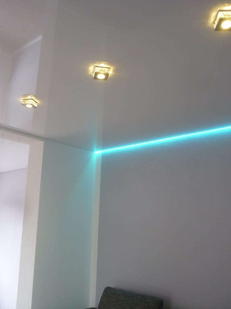 Spanndecke Weiß glänzend Menden Wohnzimmer