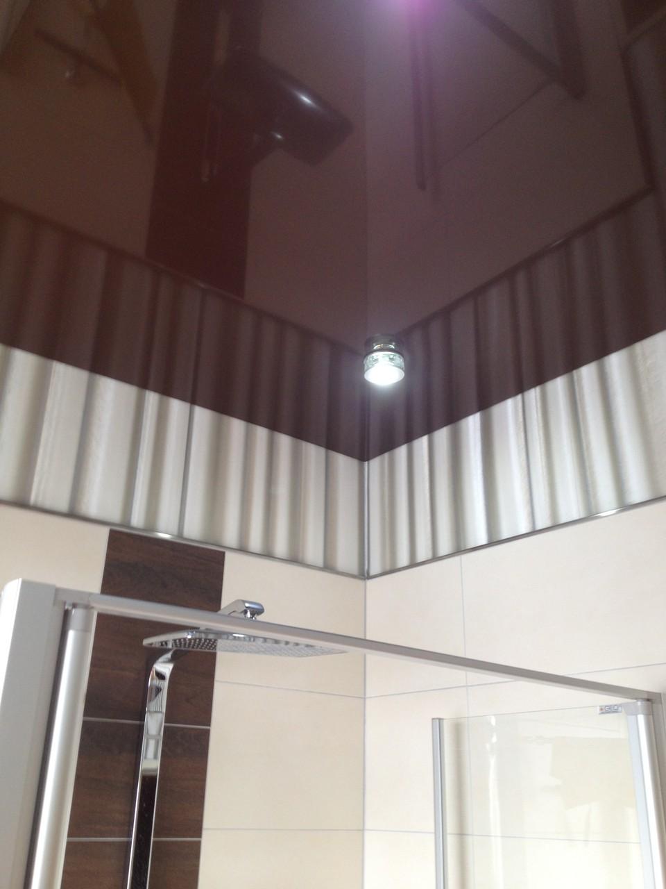 Spanndecke braun glänzend Badezimmer Holzwickede