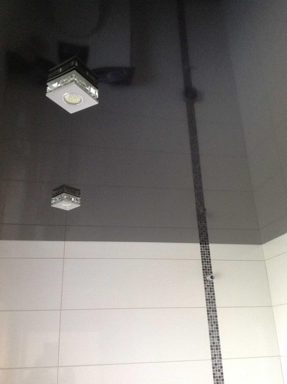 Spanndecke schwarz glänzend Gäste-WC EFH Unna