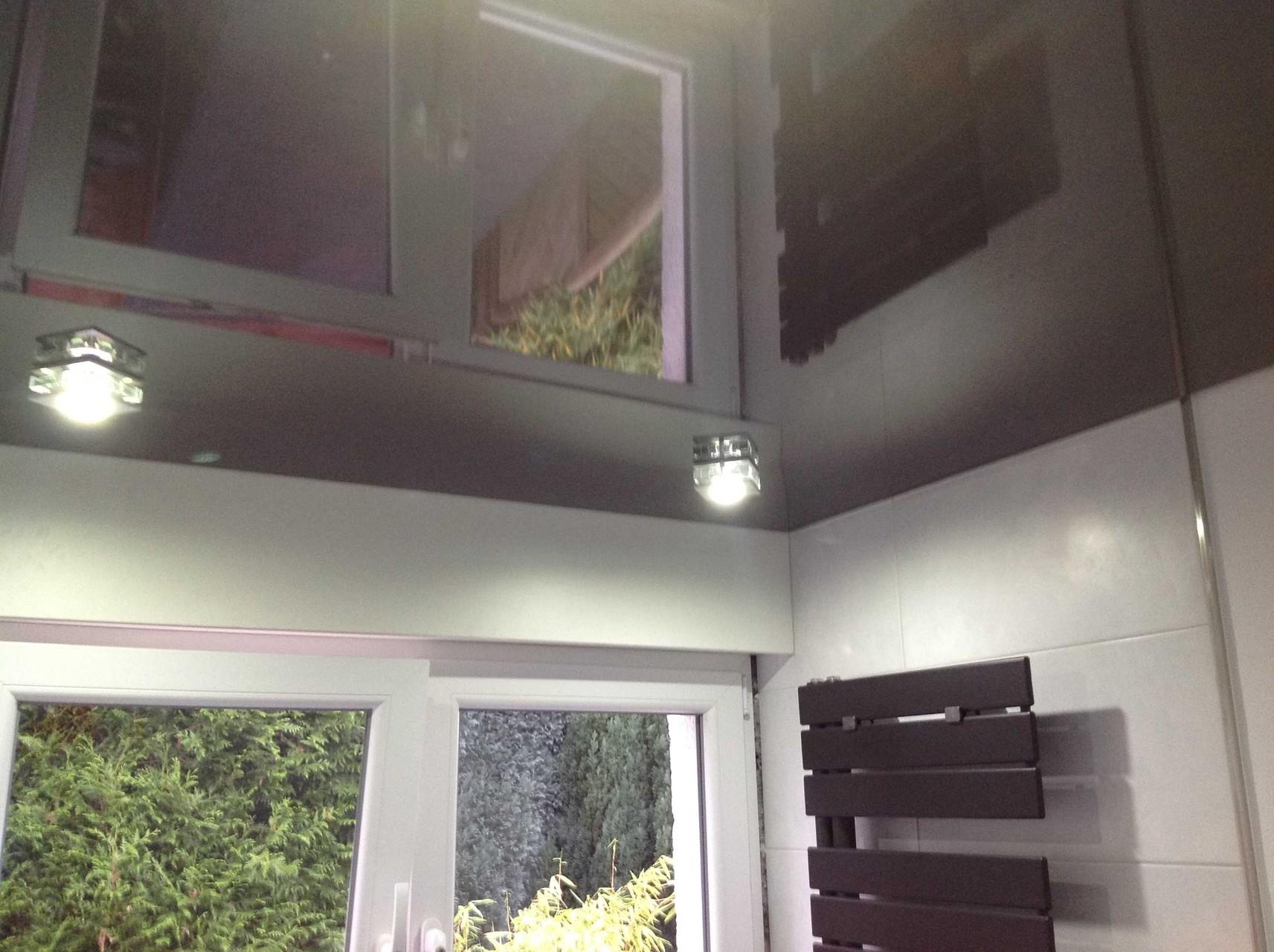 Spanndecke schwarz glänzend Duschbad Holzwickede
