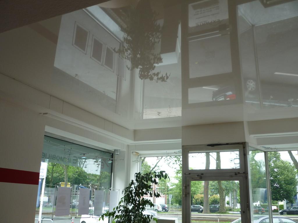 Spanndecke Weiß glänzend Büro Dortmund