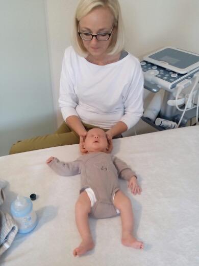 Osteopathie/ Kraniosakraltherapie beim Neugeborenen