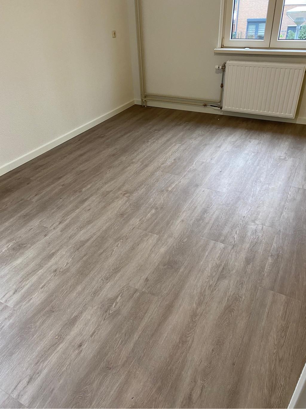 165 m² Comfort Deal met Sense E15 Plak-pvc te Venlo