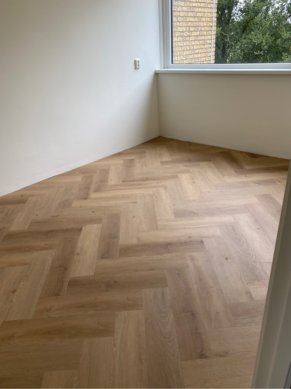 111 m² Prestige Oak Natural Visgraat plak-pvc