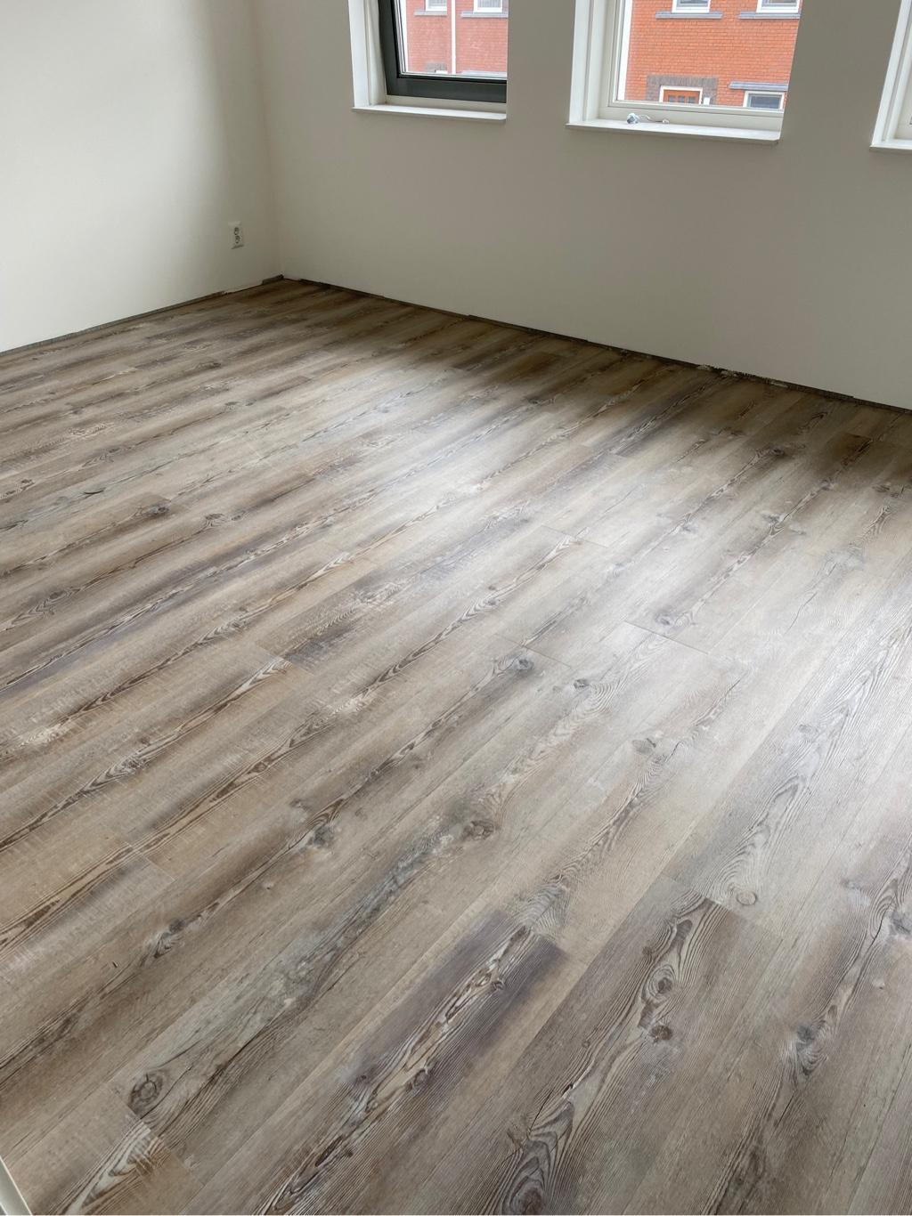 77 m² Merano Grey Plak-pvc te 's Gravendeel