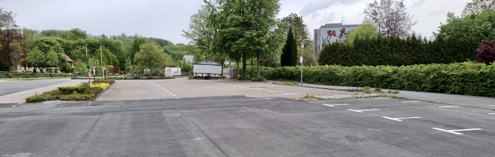 FDP lehnt Reaktivierung von Parkplätzen vor Baumwipfelpfad ab