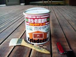 ウッドデッキの定番塗装剤 キシラデコール