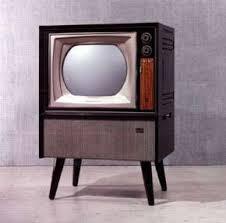 懐かしいテレビ  国産初のカラーテレビだそうです