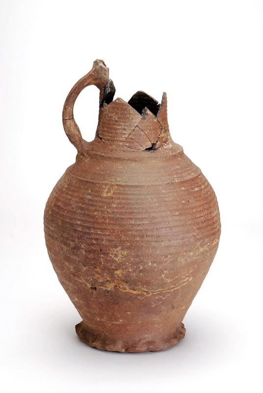 Fundstück: Keramikgefäss, 13. Jhdt., , gefunden 2008 bei Ausgrabungen an der Hörder Burg.