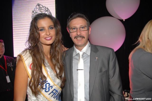 Elie Président du Comité Miss Artois en bonne compagnie