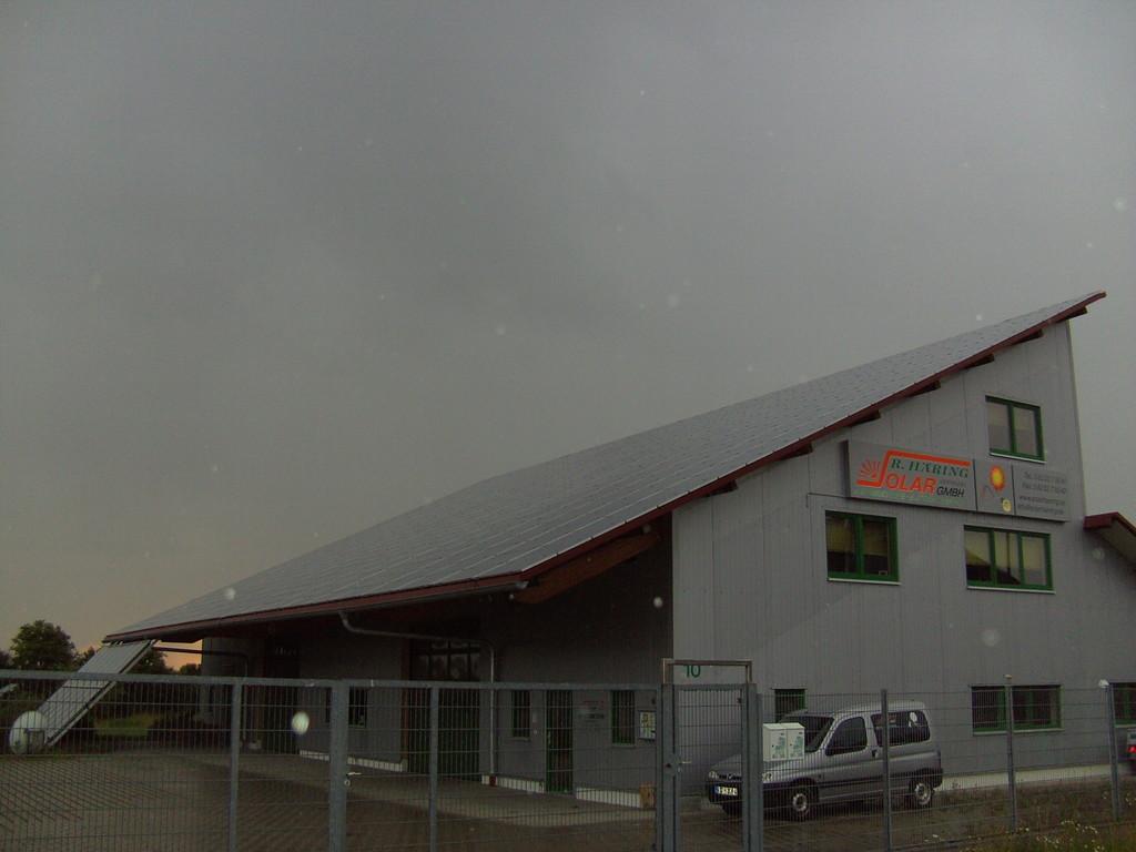 Die neue Dachgeneration PV Pultdach nach Süden
