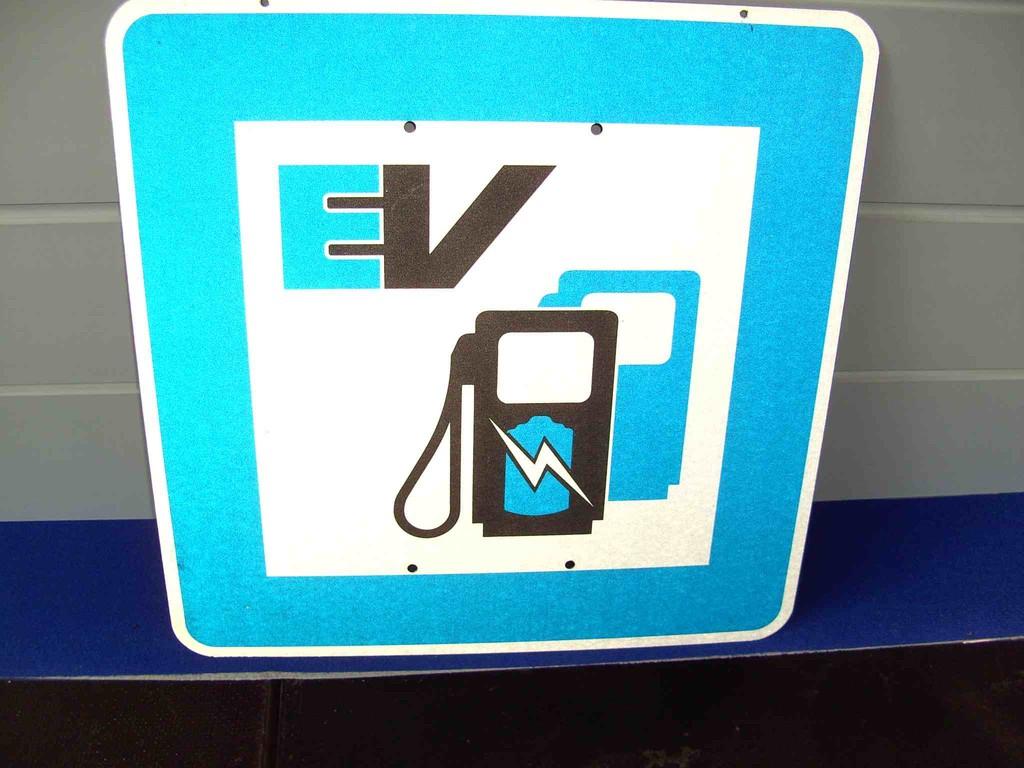 INfo Schild jetzts geht Elektrisch