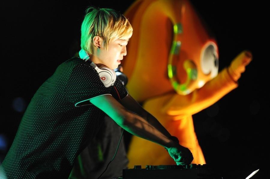 R-Tee en presentación en la EXPO YEOSU 2012