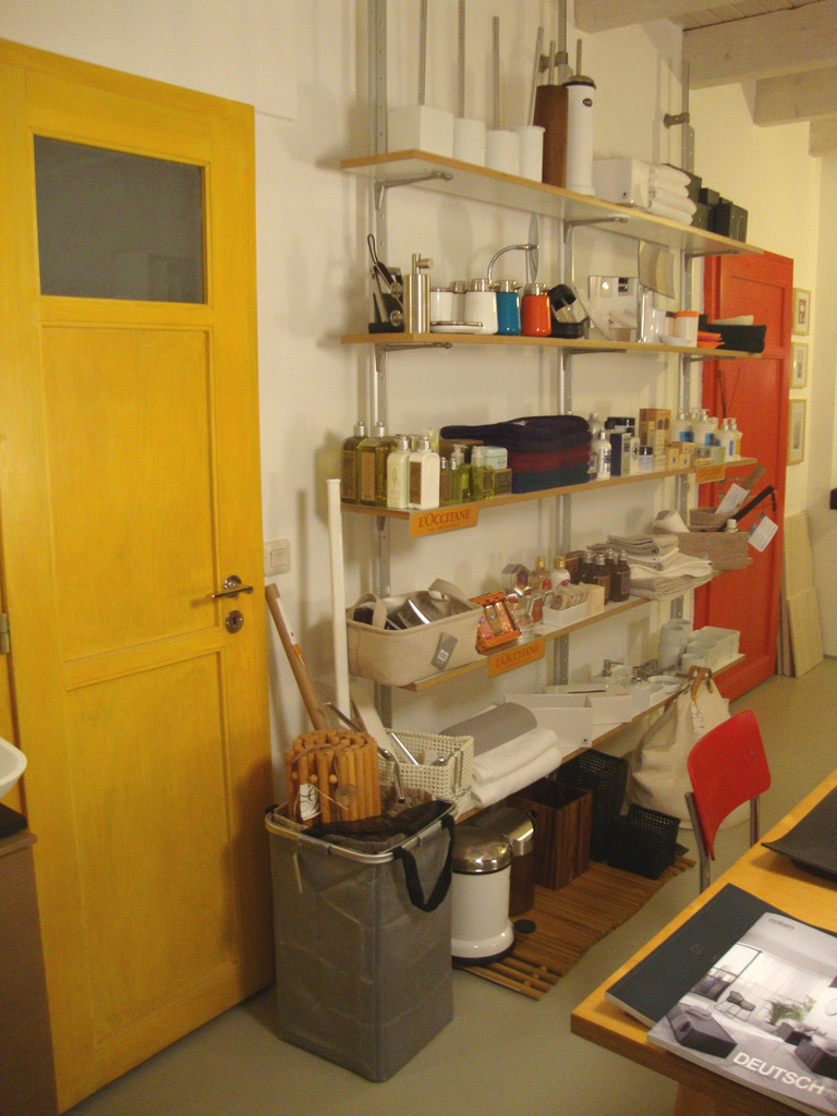 Die L'Occitane-Pflegeprodukte und einige Accessoires gibt es auch hier!