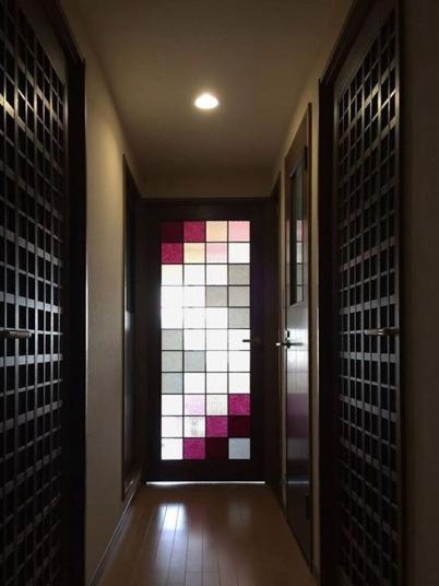 彩り障子のドア