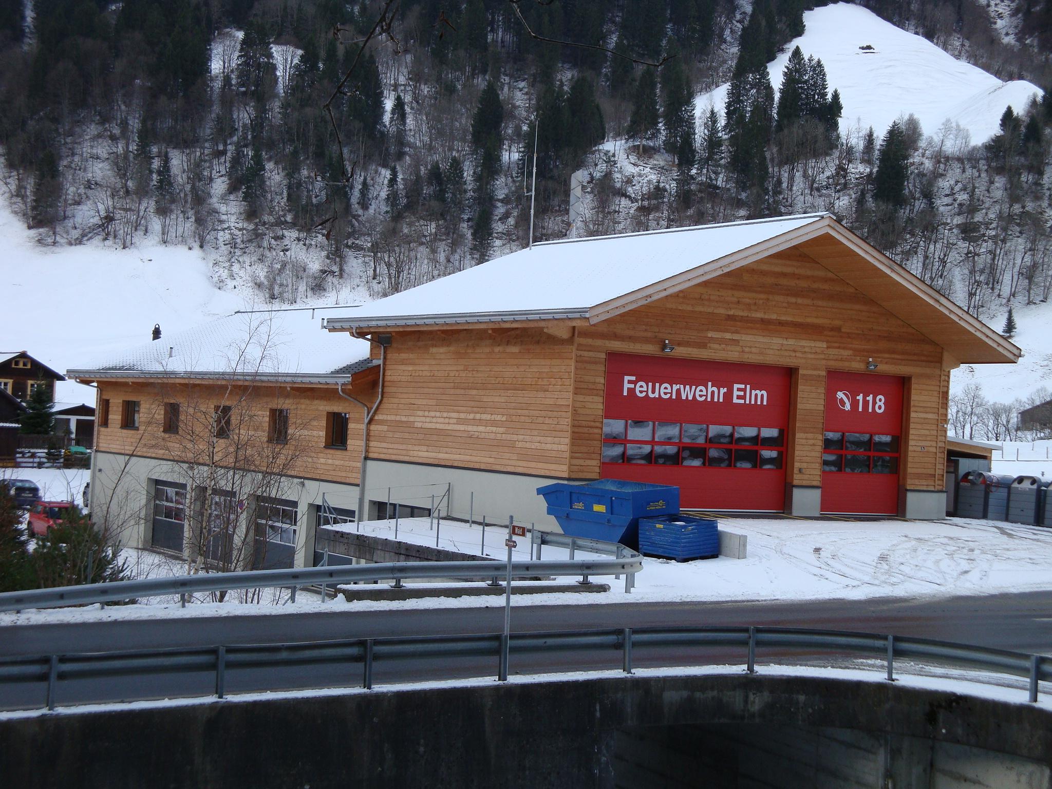 Neubau Forst-/Feuerwehrgebäude, Elm