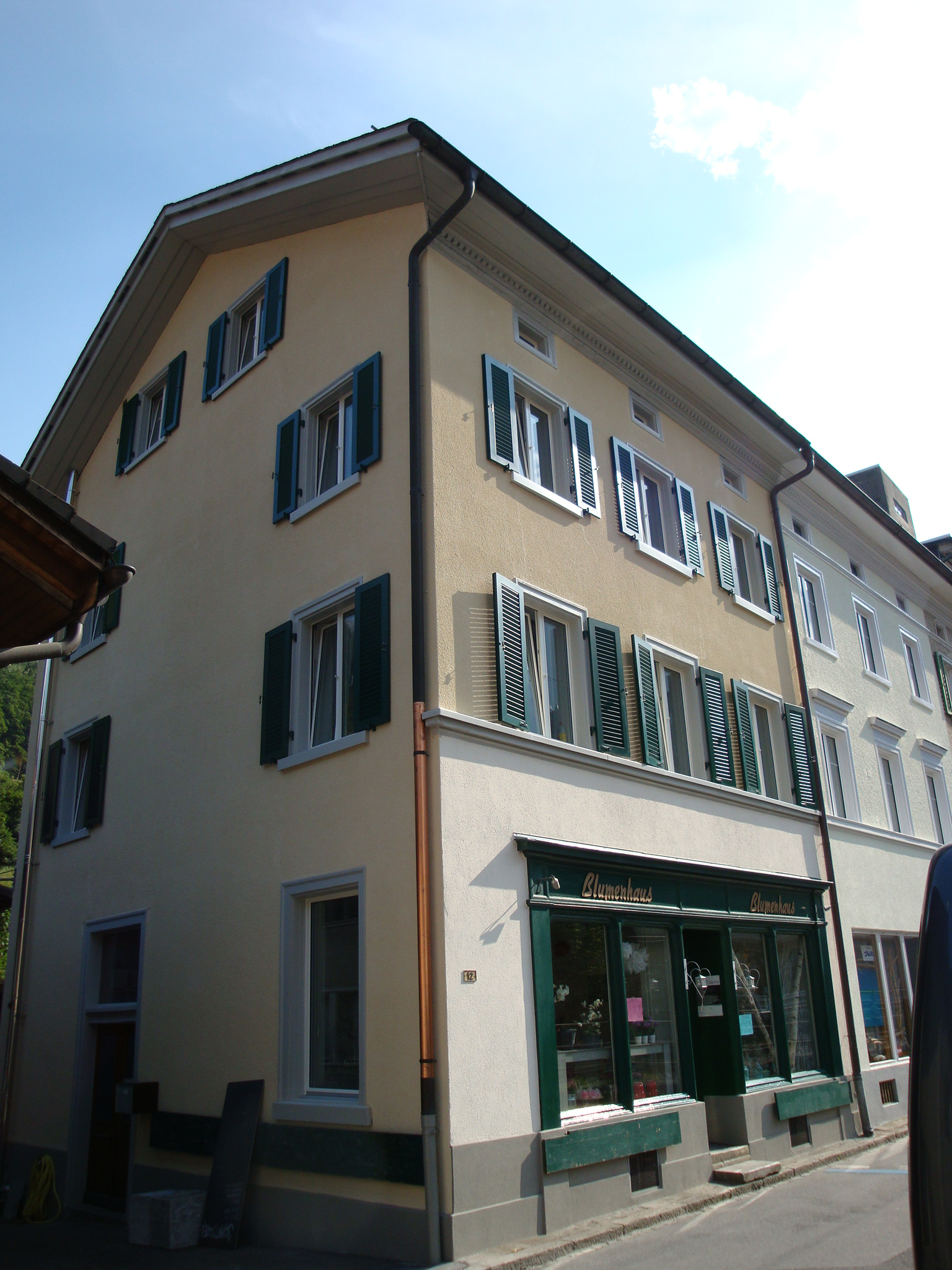 Umbau Mehrfamilienhaus, Schwanden