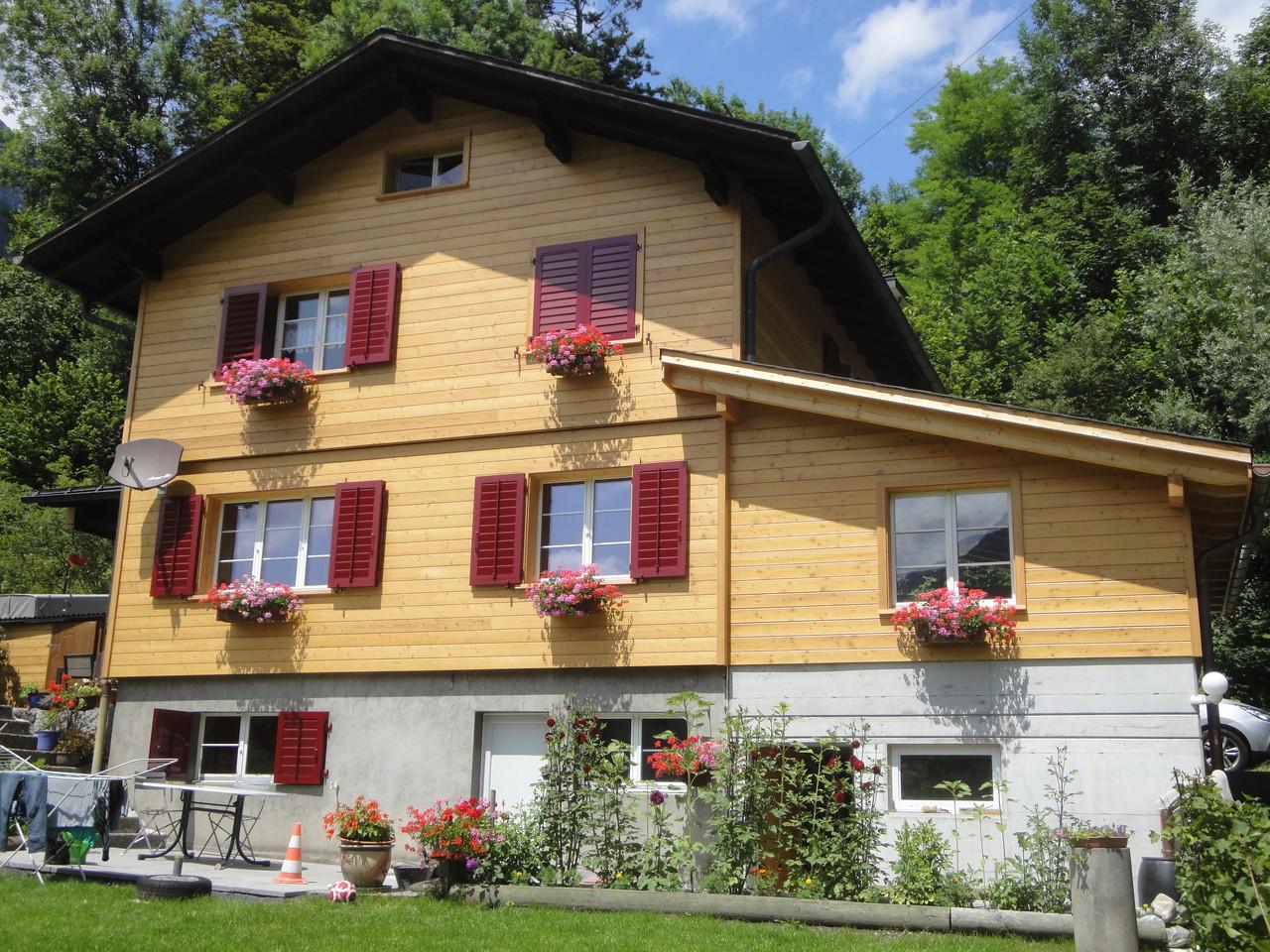 Fassade Einfamilienhaus neu, Schwanden