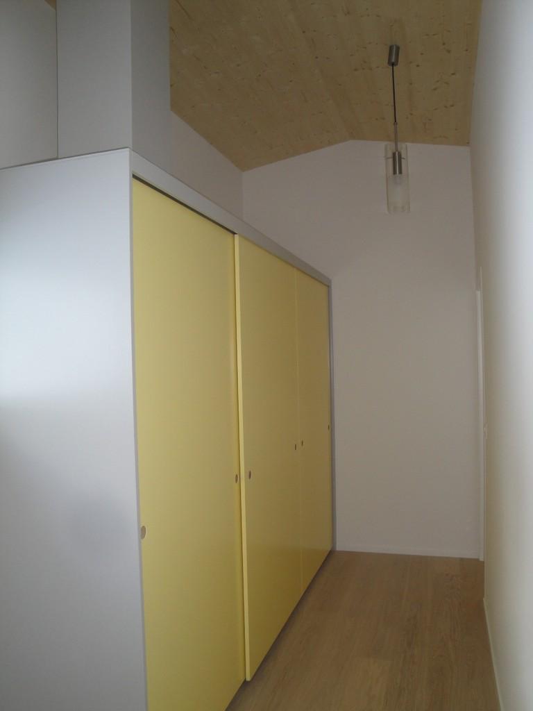 Schrank in Ferienhaus, Braunwald