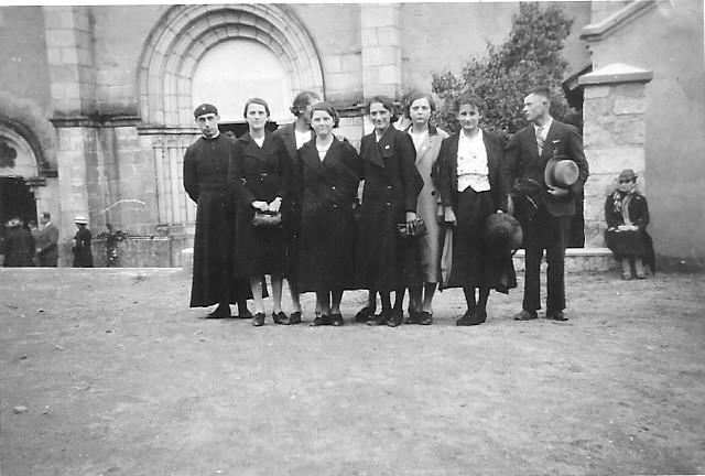 Gaston Vaillard, Lucienne Fargeot, Jeanne Rabut, Rose Fargeot, Marthe Laborier, Jeanne Fargeot, Suzanne Laborier, Paul Rizet, Mme Vaillard?