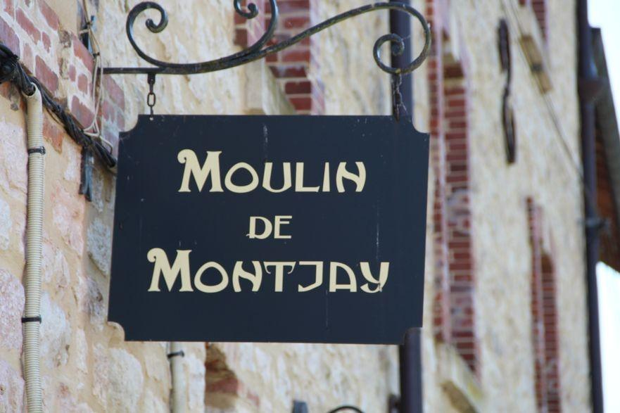 Entrée du musée du moulin de Montjay