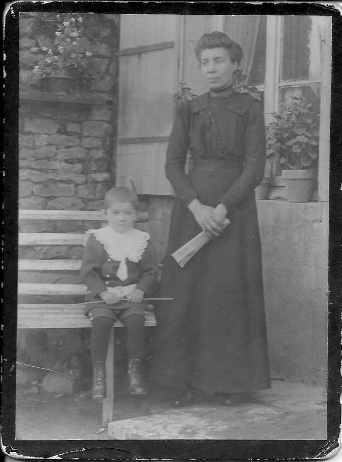 Marie-Louise Fargeot, épouse Demont et Pierre Demont ?