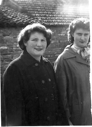 Germaine Benoit et Marie-Josephe Josserand