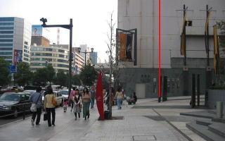 建て替え後のそごう本館は赤線あたりまで後退して、豊かな歩行者空間を確保することに努めたらどうだろうか