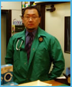 獣医師 高橋 利仁
