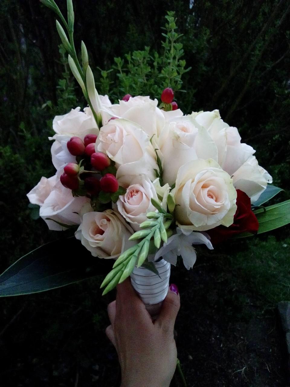 ramo de novia con rosas Cajicá